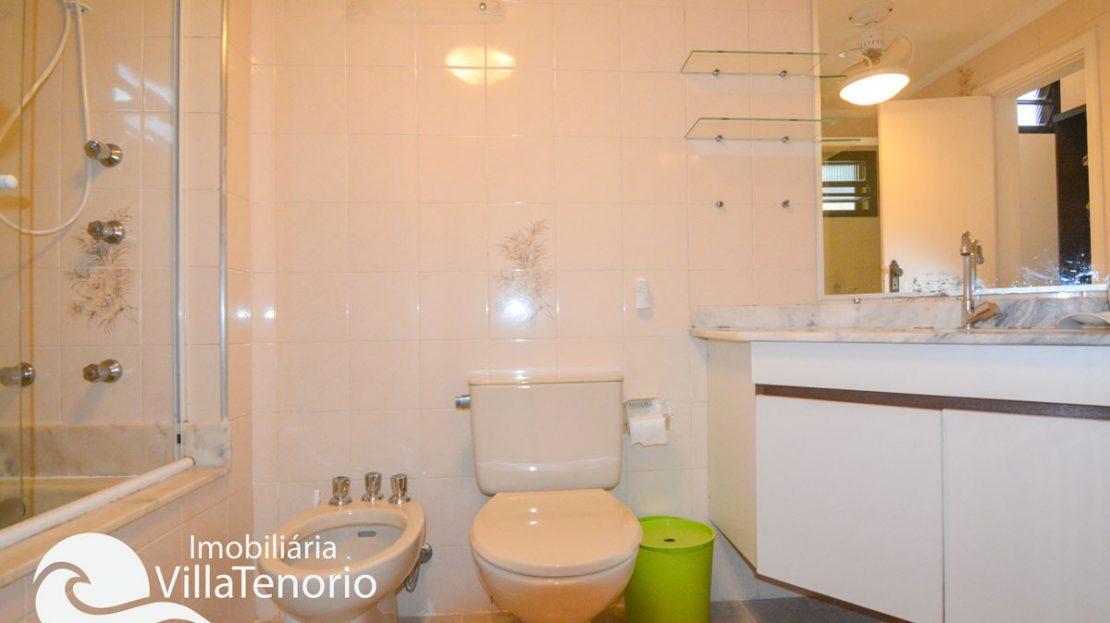 Apto_venda_toninhas_ubatuba_banheiro2
