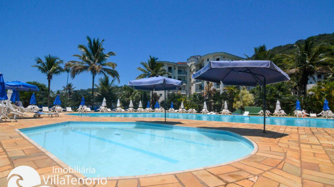 Apto_venda_toninhas_ubatuba_piscina