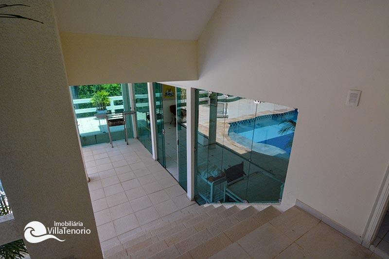 Casa Condominio Fechado Ubatuba_escada