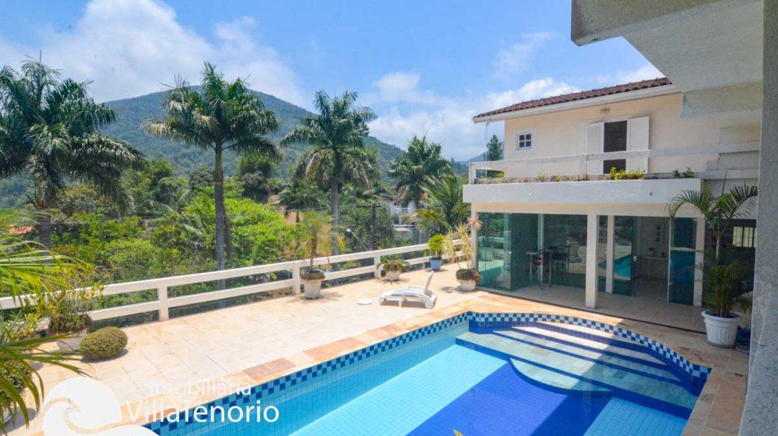 Casa-Ubatuba-Praia-SantaRita-Venda-Piscina3