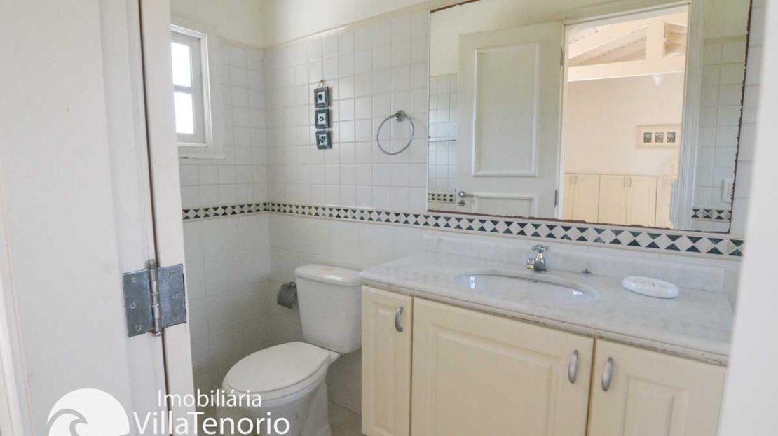 Casa-Ubatuba-Praia-SantaRita-venda-Banheiro4_