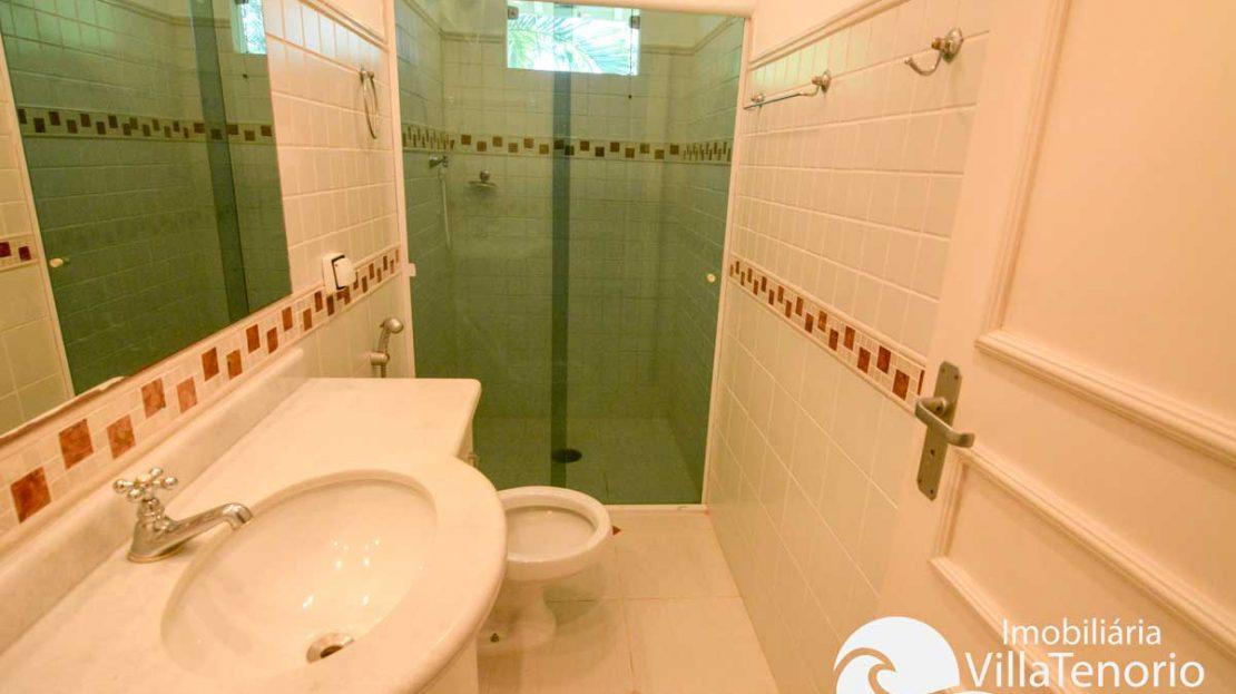 Casa-Ubatuba-Praia-SantaRita-venda-banheiro2