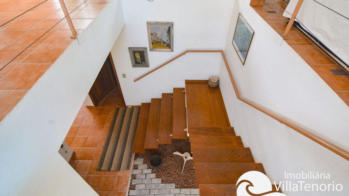 Casa_venda_toninhas_ubatuba_escada2