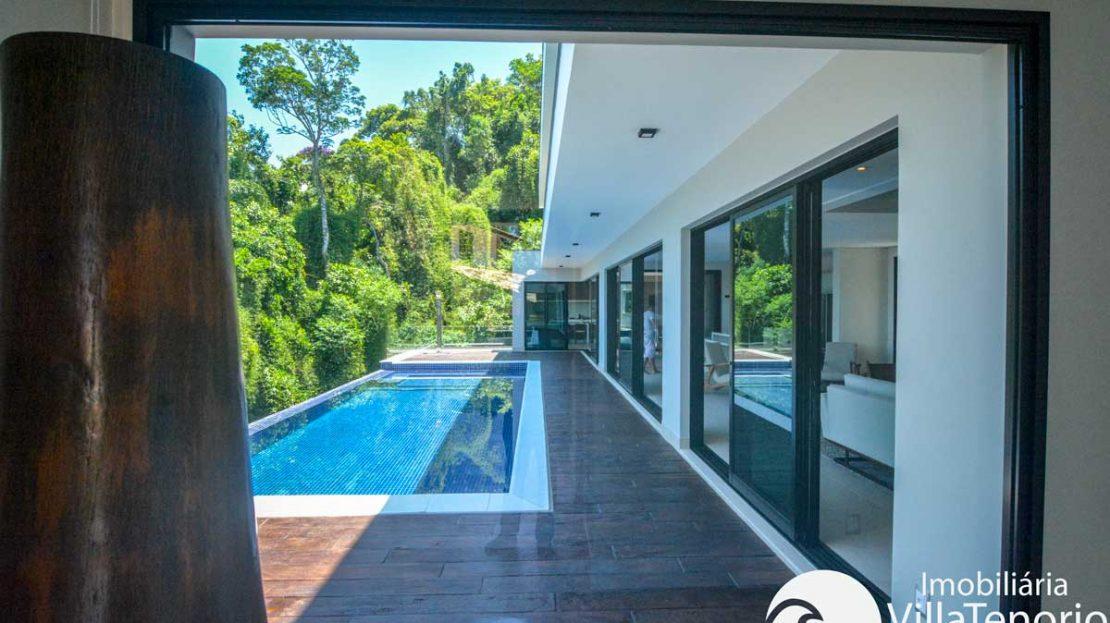 Casa-venda-santa-rita-ubatuba-piscina3