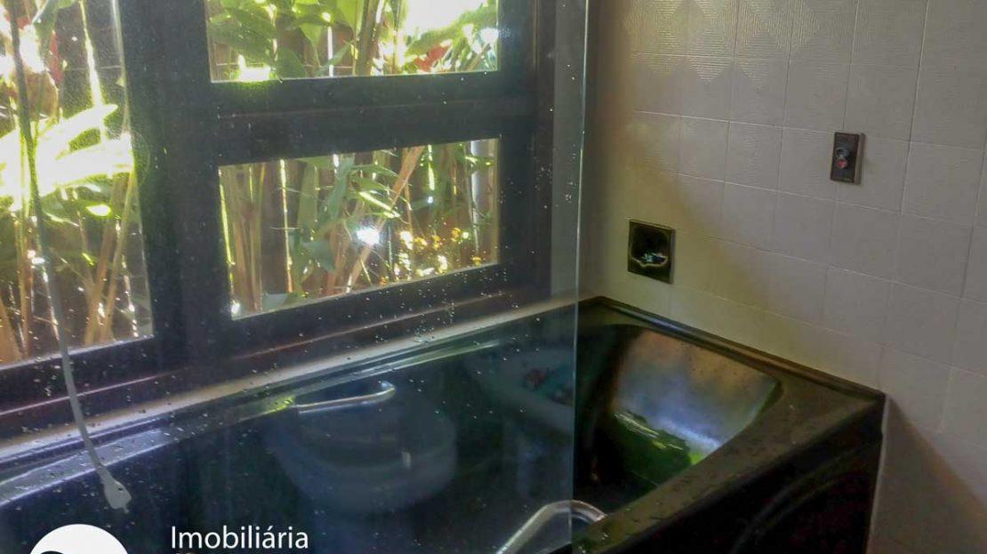 Casa-venda-toninhas-ubatuba-banheira