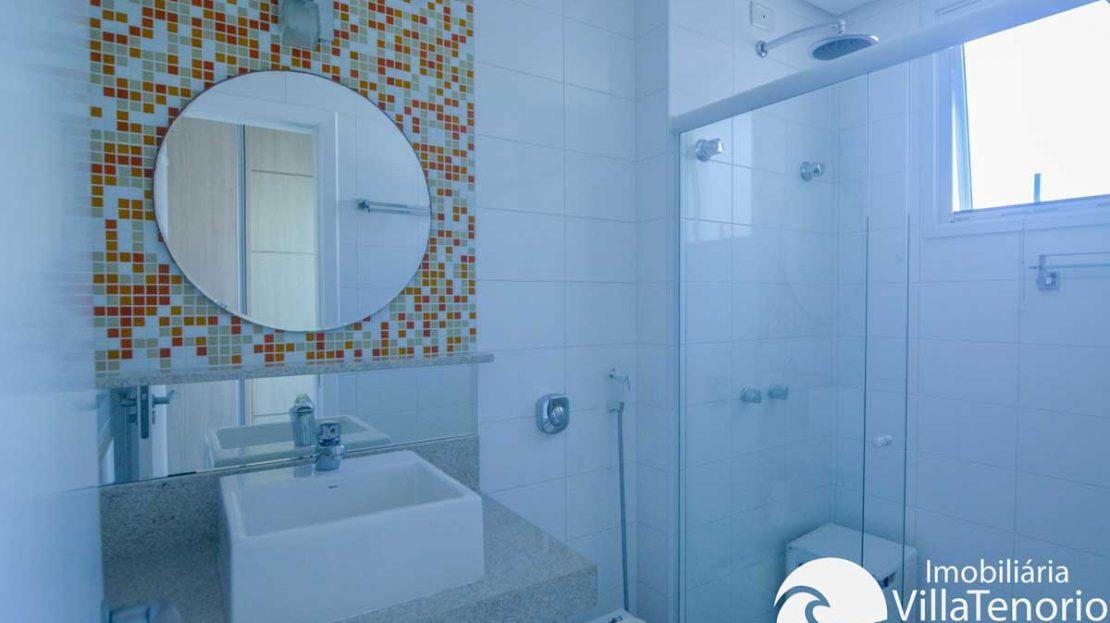 Apto-venda-praia-grande-ubatuba-banheiro-suite-1