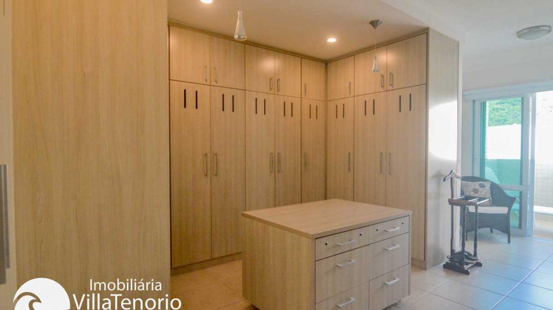 Apto-venda-praia-grande-ubatuba-closet-suite-m