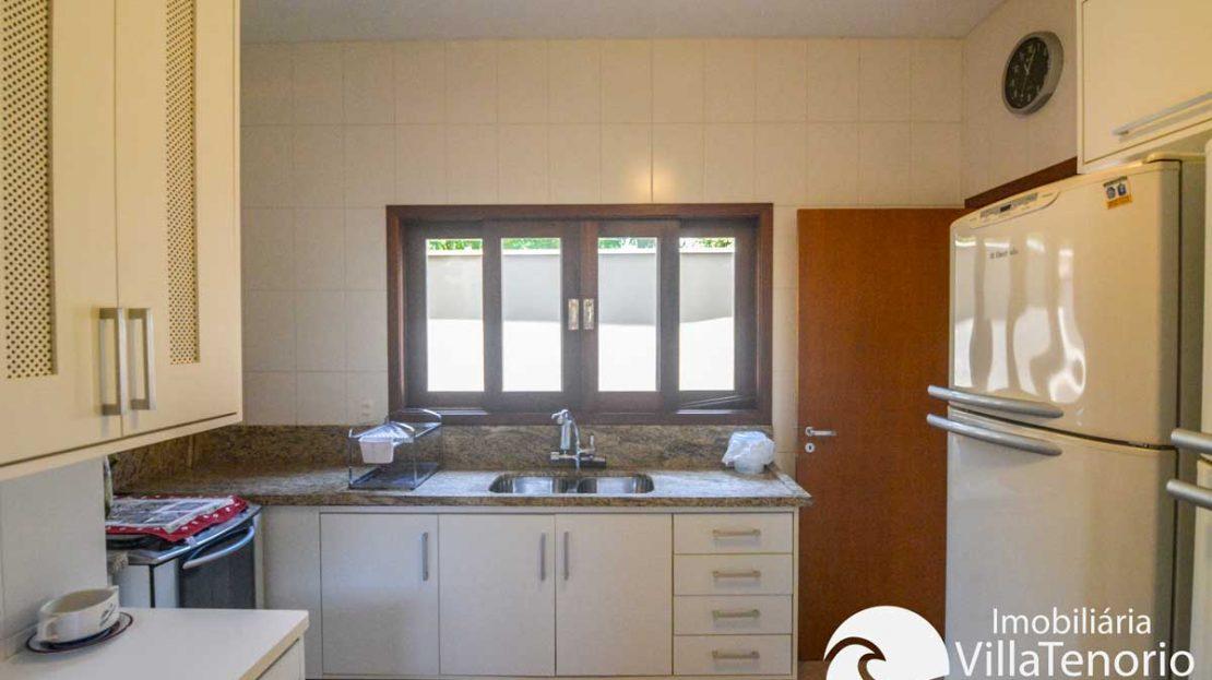 Casa-venda-lazaro-ubatuba-cozinha2