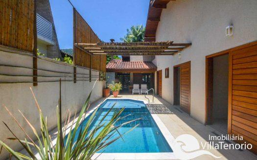 Casa-venda-lazaro-ubatuba-piscina