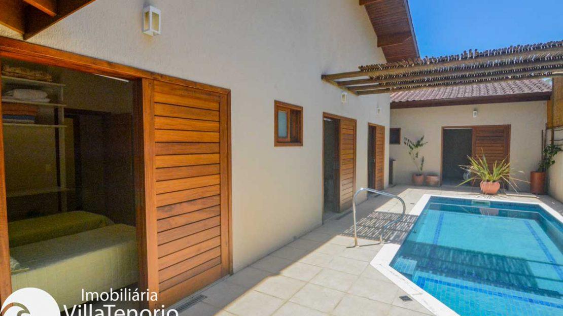 Casa-venda-lazaro-ubatuba-quintal