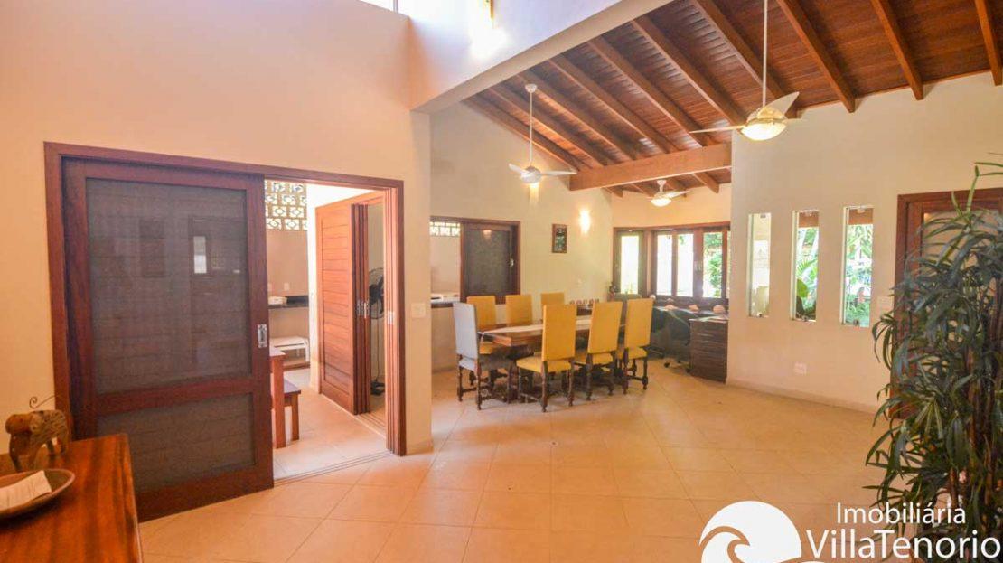 Casa-venda-lazaro-ubatuba-sala2