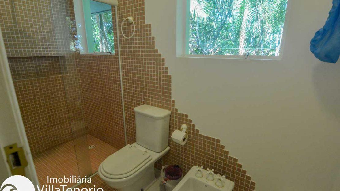 Casa-venda-ponta-grossa-ubatuba-banheiro-suite4
