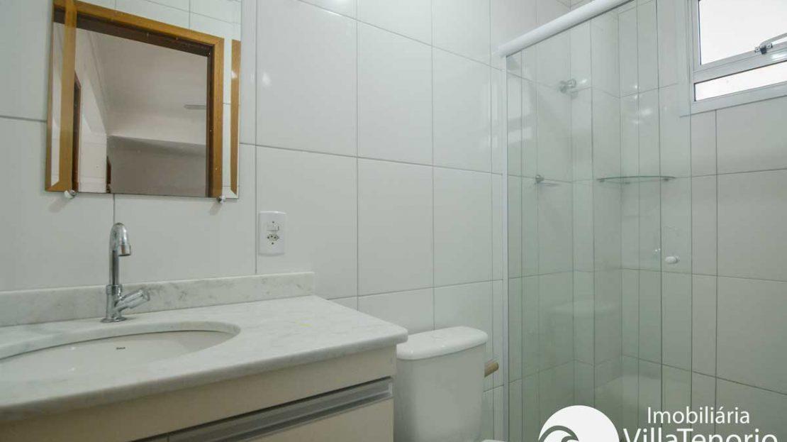 Apto-venda-praia-itagua-ubatuba-banheiro-2