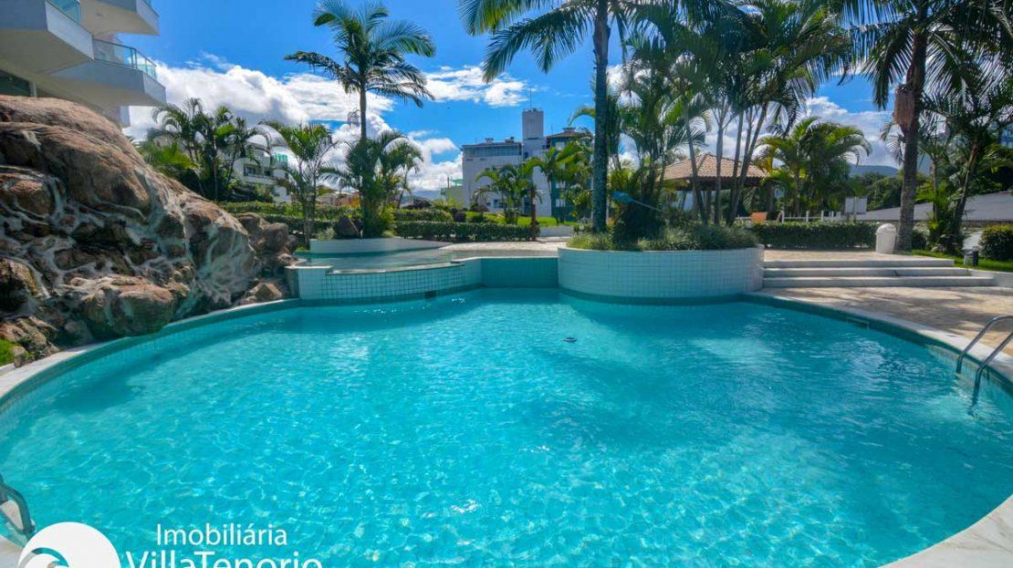 Apto-venda-praia-itagua-ubatuba-piscina