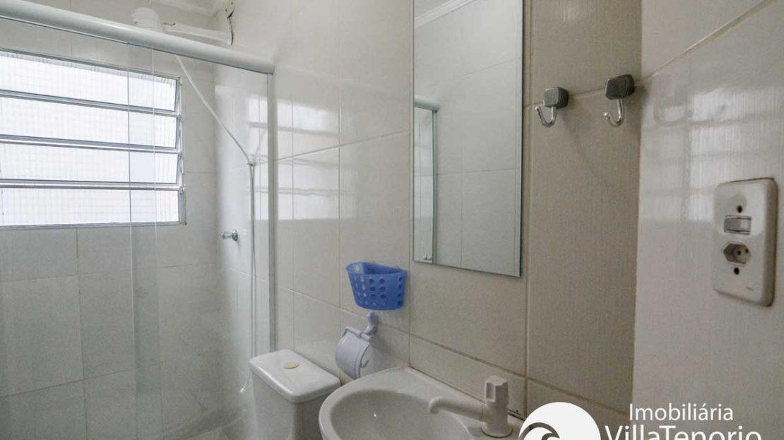 Apto-venda-toninhas-ubatuba-banheiro-2