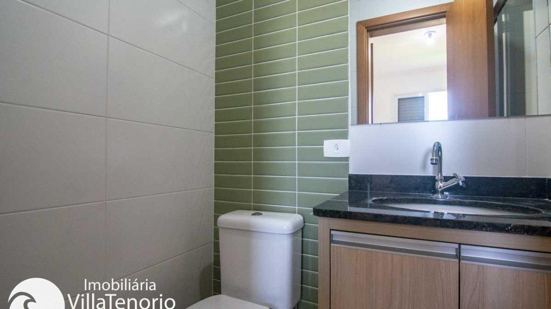 Apto-venda-toninhas-ubatuba-banheiro-sute