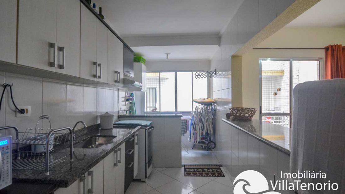 Apto-venda-ubatuba-praia-toninhas-cozinha-2