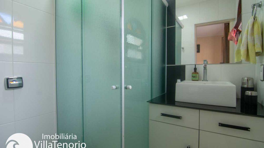 Apto-venda-lazaro-ubatuba-banheiro-quarto