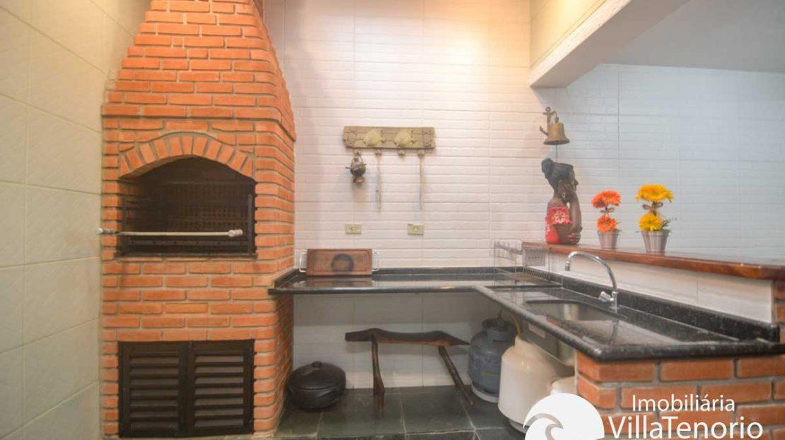 Apto-venda-lazaro-ubatuba-churrasqueira