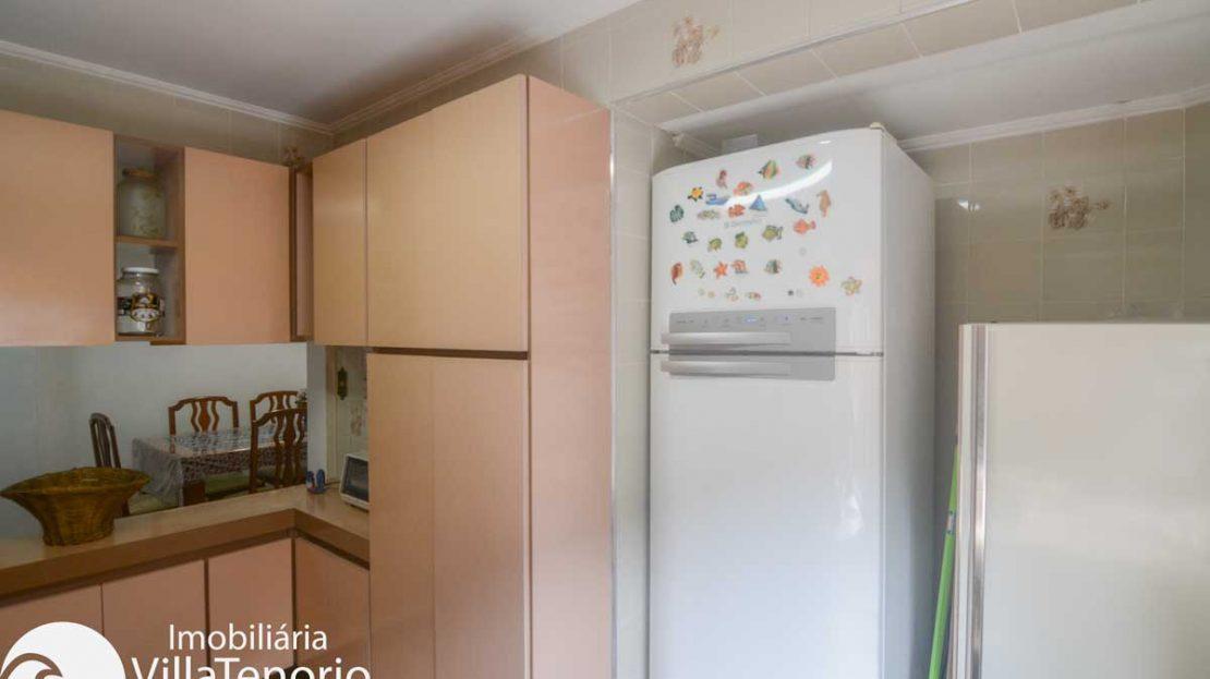 Apto-venda-lazaro-ubatuba-cozinha---