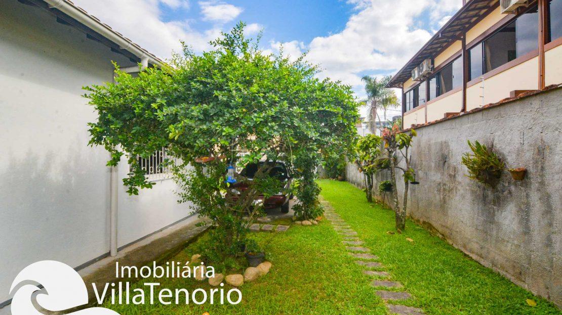 Casa-para-vender-itagua-ubatuba-quintal