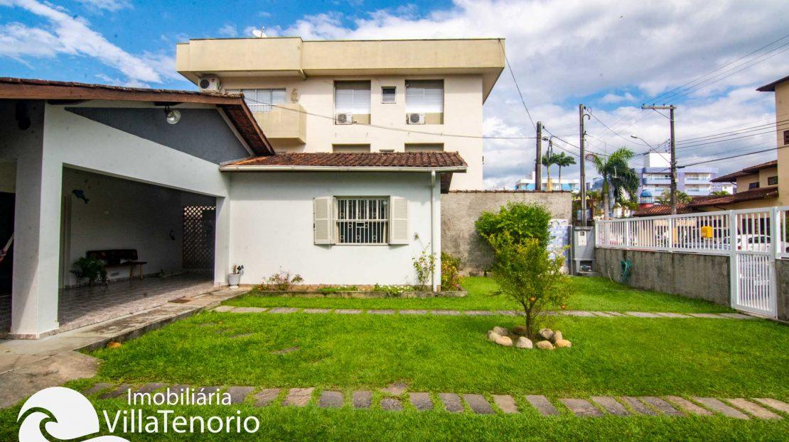 Casa-para-vender-itagua-ubatuba-quintal-casa