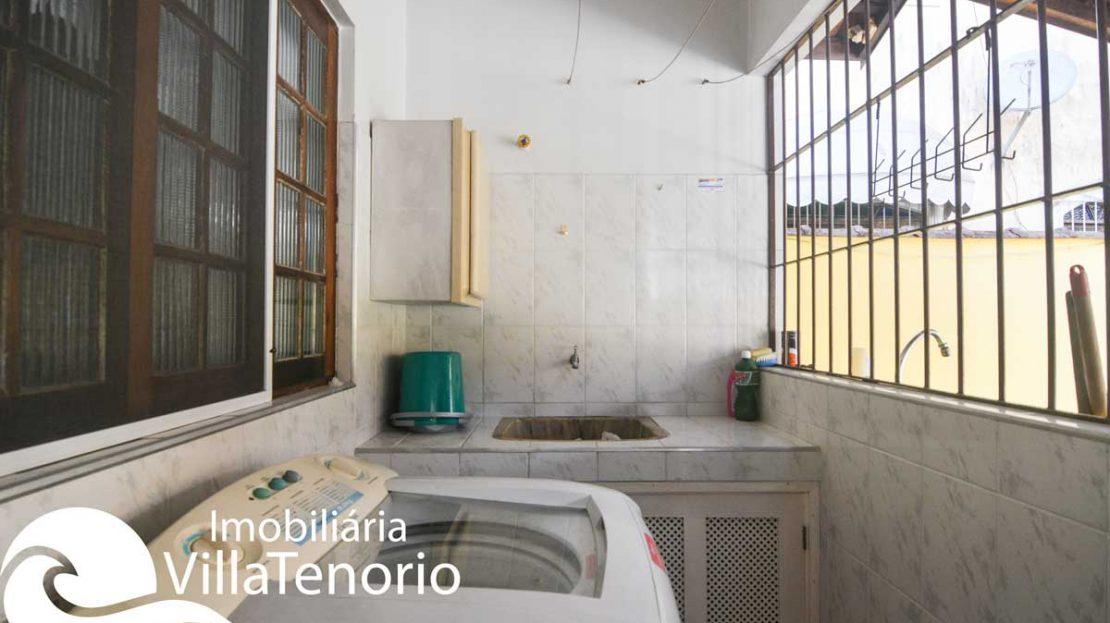 Casa-venda-centro-ubatuba-lavanderia