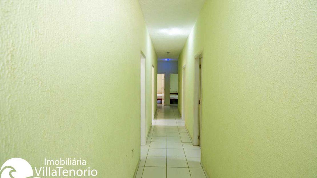 Casa-venda-lazaro-ubatuba-corredor-quartos