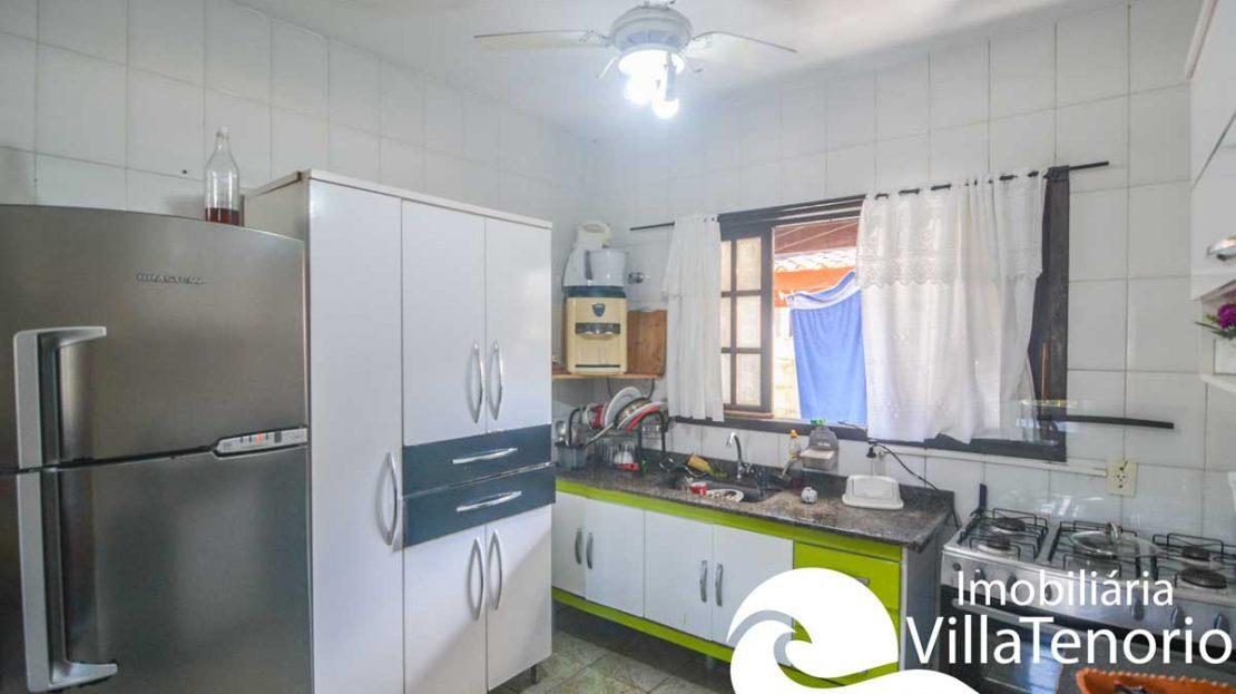 casa-para-vender-em-ubatuba-cozinha