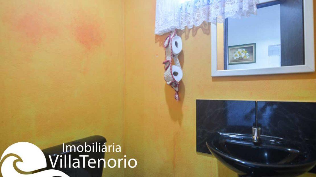 casa-para-vender-em-ubatuba-lavabo