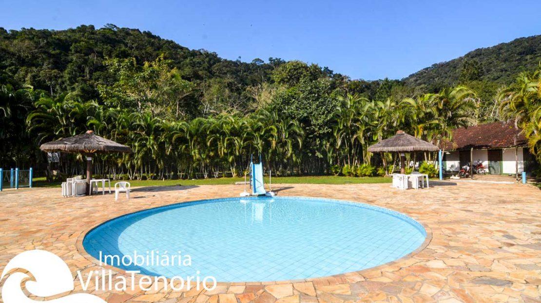casa-para-vender-em-ubatuba-piscina--