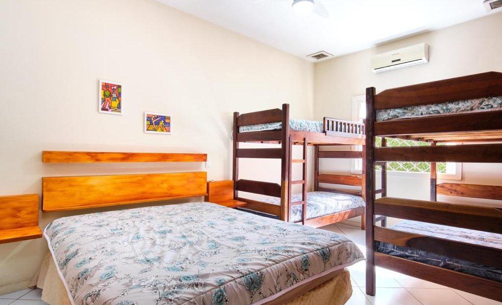 Casa mobiliada para vender no Centro de Ubatuba-SP