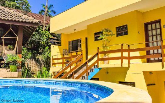 Casa para vender na praia vermelha do centro em Ubatuba