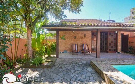 Casa 3 dormitórios à venda na Praia do Itaguá, em Ubatuba/SP