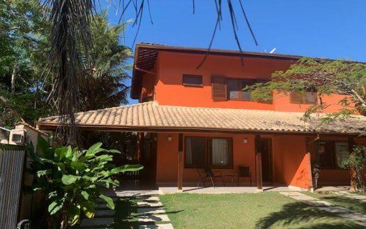 Casa em condomínio fechado para vender na Praia das Toninhas em Ubatuba-SP
