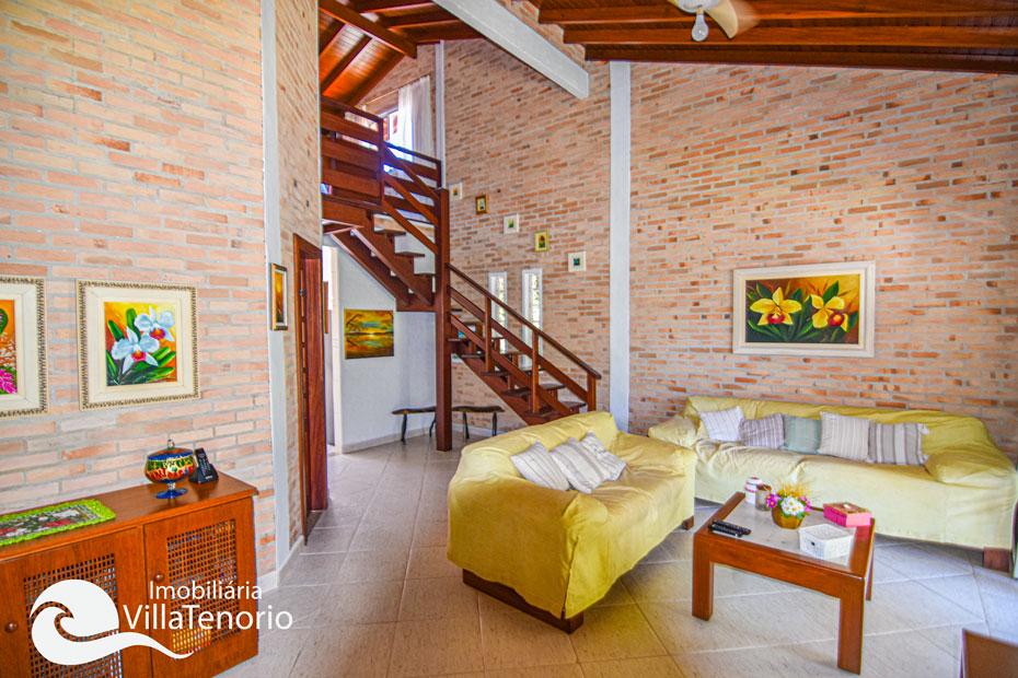 Casa com 3 dormitórios à venda no Parque Vivamar em Ubatuba-SP