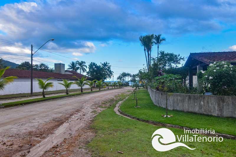 Casa para vender em condomínio fechado, Praia da Lagoinha em Ubatuba-SP
