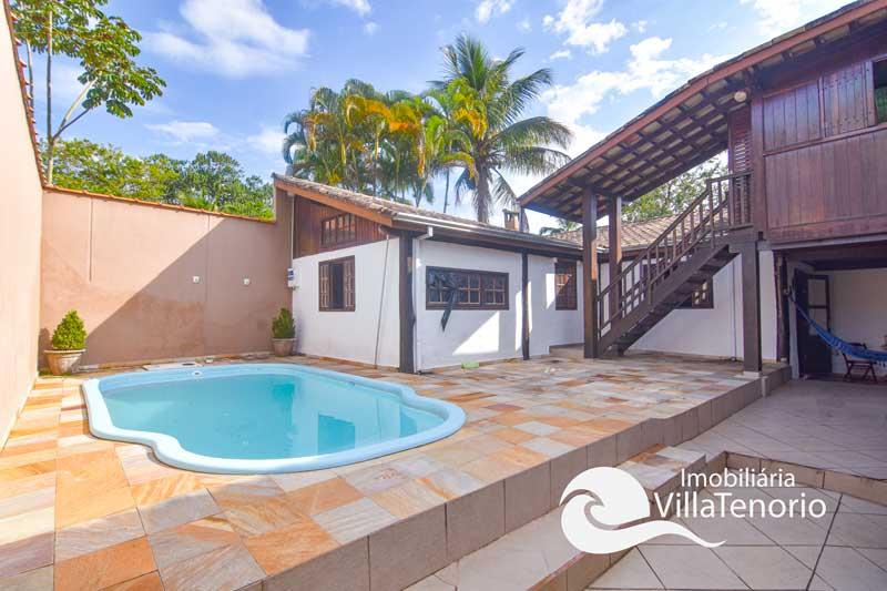Casa com piscina para vender na Ressaca em Ubatuba-SP