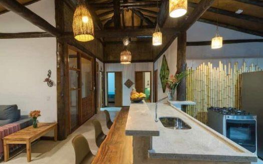 Casa para vender no bairro Ressaca em Ubatuba-SP